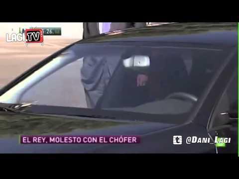 REY JUAN CARLOS PEGA A SU CHOFER