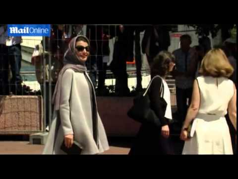Iran's top actress arrives at the launch of Cannes film festival