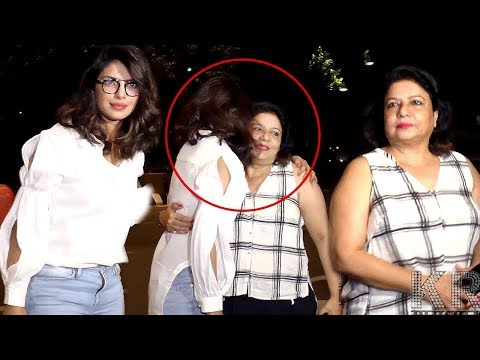 Priyanka Chopra Get Emotional Goodbye Mother Madhu Chopra To FLY FOR New York