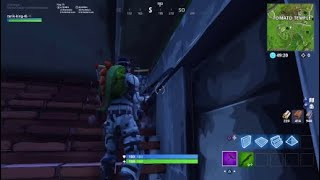 FORTNITE GLITCH PASSER IN TRAVERS THE TUNNEL OF TOMATO TEMPLE