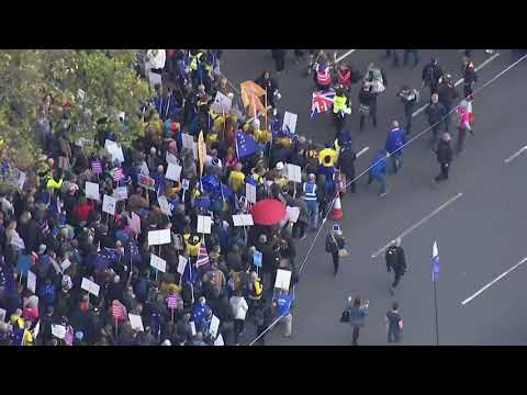 Angry over Brexit, 1000s gather in London demanding new referendum