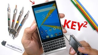Download BlackBerry KEY2 - Does the screen fall off? Mp3 and Videos