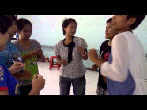 (ed_ed) bergoyang_ edan eling SOM THE PLAK