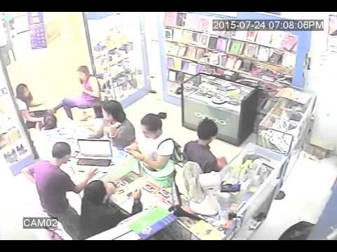 Magnanakaw sapul sa CCTV. Gaisano Mall of Tagum , Davao del Norte