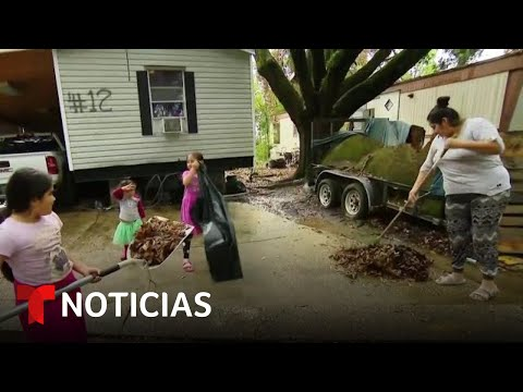 Latinos soportan el impacto del huracán Ida en Baton Rouge | Noticias Telemundo
