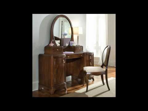 antique-mahogany-vanity
