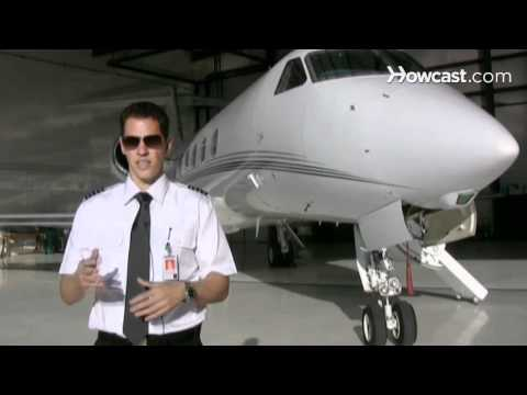 How to Become a Commercial Pilot | Flying Lessons