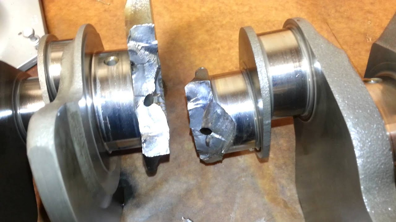 yamaha 350hp outboard snapped crankshaft - YouTube
