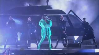 Rihanna - Bitch Better Have My Money (iHeartRadio Music Awards 2015)