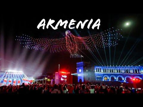Aerial Drone Show In Yerevan, Armenia 2021 /световое шоу дронов  Ереван, Армения 2021