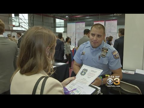 Philadelphia Police Actively Seeks New Recruits