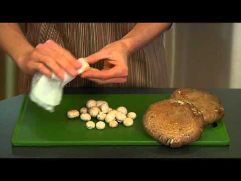 How to clean mushrooms video - Allrecipes.co.uk