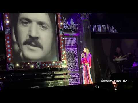Cher - I Got You Babe (Live At Qudos Bank Arena Sydney, October 20th 2018)