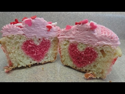 hidden-heart-valentine's-cupcakes---with-yoyomax12