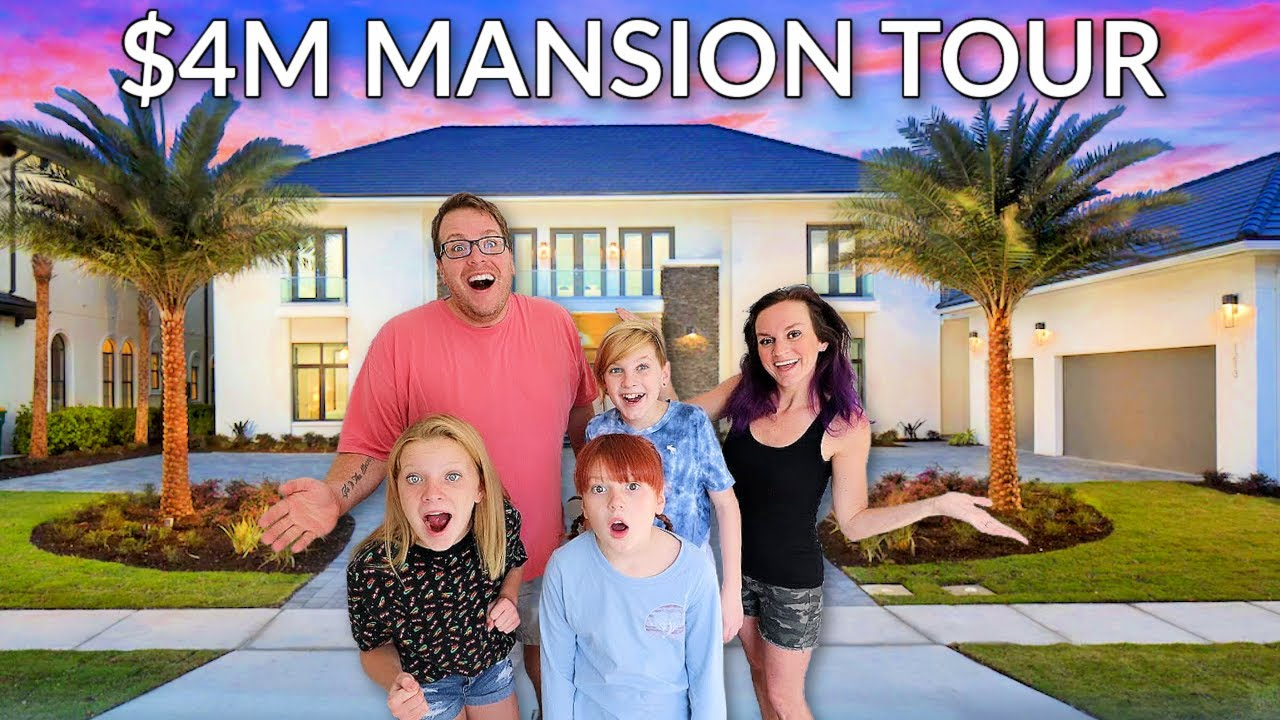 PIGGY INFECTION In Real Life MANSION Tour