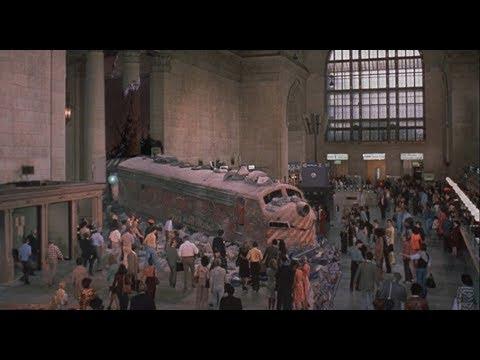 【宇哥】43年前竟能拍出如此大场面,这部电影太牛了!《银线号大血案》