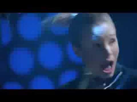 Veronica Mars canta en el Karaoke