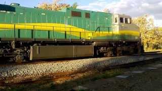 Trem minério de ferro partindo de Resplendor MG para Vitória ES