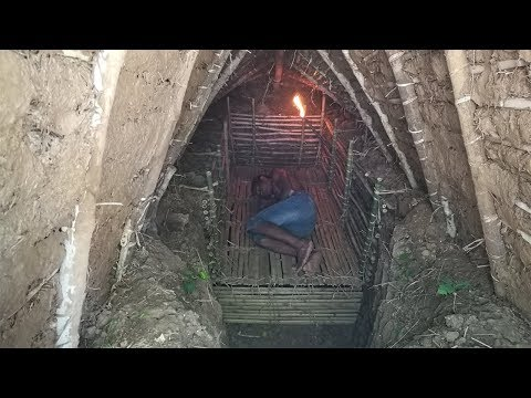 Primitive Daily Life : Updating Underground Wood House - use bamboo and mud (full video)
