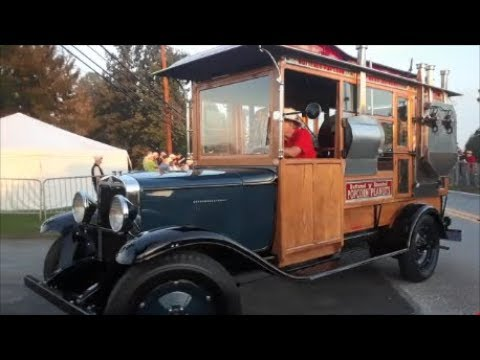 Driving Onto The Show Field AACA Fall Meet Hershey YouTube - Antique car show hershey pa 2018