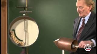 Распределение зарядов на проводнике
