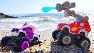 Чудо машинки на пляже. Гонки и Игры в песке. Песочница.