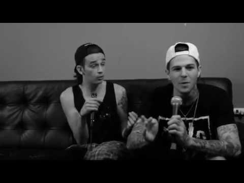 The Neighbourhood Funny Moments