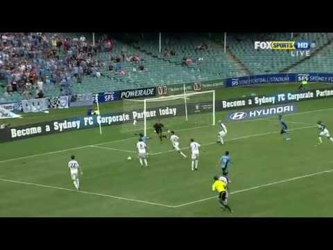 A League 2011 12 Round 5   Sydney 3-2 Gold Coast