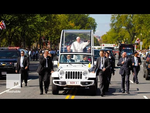 Pope Parades Through Washington, D.C., in Popemobile | Mashable News