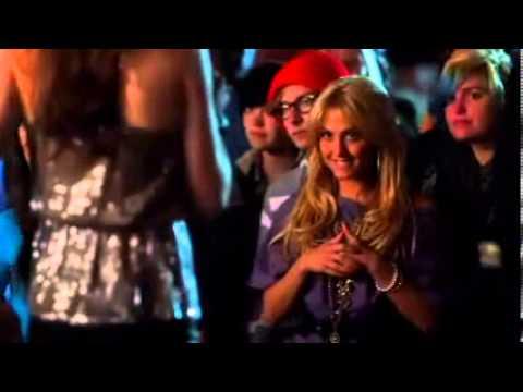 Teen SpiritLisa Singing SongYou can Say Everything To Me