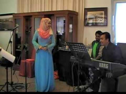 Sayang Disayang untuk Tunku Puan Nora Ismail