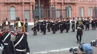 Granaderos - Fanfarria Militar Alto Peru - Avenida de Las Camelias