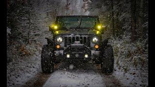 Northology Adventures Winter Camṗing - Michigan