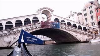 Paseo en góndola por Venecia Puente de Rialto HD  Gondola ride Venice Italy