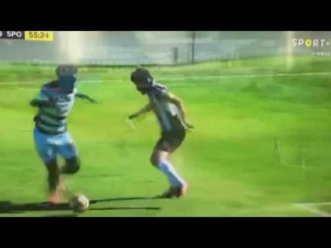 Angolano Ary Papel Humilha Adversário no SPORTING (2017)