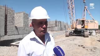 Члены Правительства КЧР проверили ход строительства ДК в селе Счастливом