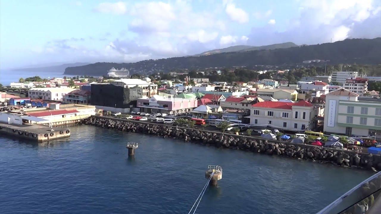 Avona Dominica Nude Photos 38