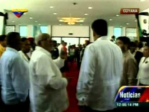 Maduro llega al Centro Internacional de Guyana