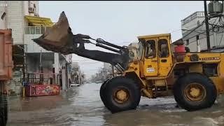 """""""Уборка"""" воды после сильных дождей. (Ирак)"""