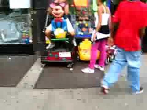 Twins Auto Mall >> Creepy duck ride | Doovi