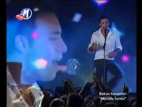 """Mustafa Sandal """"Sonuna Kadar"""" (canlı kayıt)"""