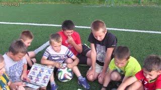 Mamy Tychowo - Z kamerką i piłką w Polsce cz1- Na orliku z piłą i albumami