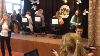 Пародия на шоу #Голос День учителя 11