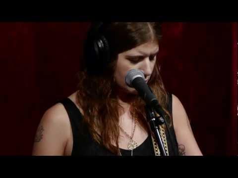 Best Coast - No One Like You (Live on KEXP)