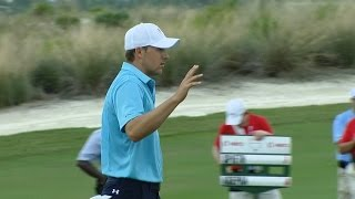 Jordan Spieth converts for eagle at the Hero World Challenge