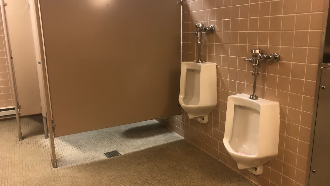 300 Macy S 2nd Floor Men S Restroom Full Shoot Youtube