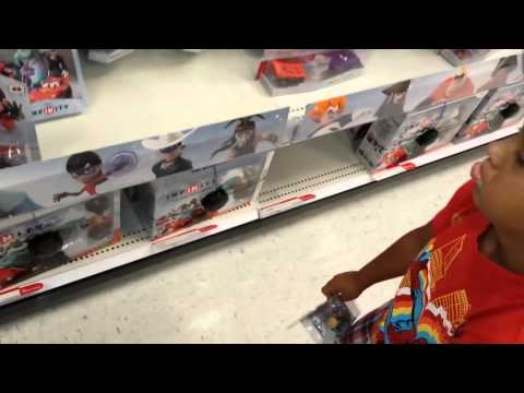 Shopping For Disney Infinity @ Target - Day 1