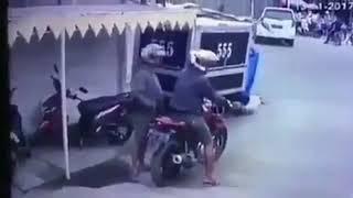 Maling Motor Apes Banget || Kepergok Warga