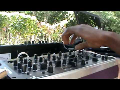 jamaican sound system setup (sweet love sound system)