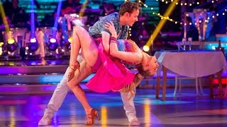 Kellie Bright and Kevin Clifton Salsa to 'I Want You Back' - Strictly Come Dancing: 2015